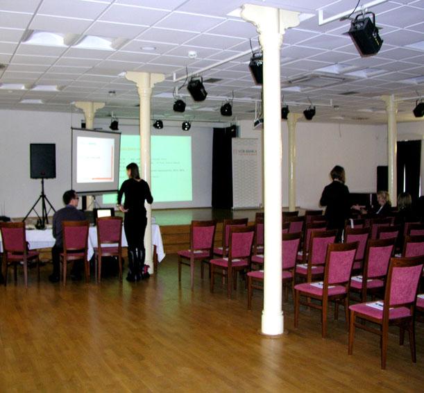Firemne konferencie